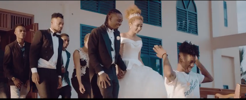 OFFICIAL VIDEO Young Dee – NAOA mp4