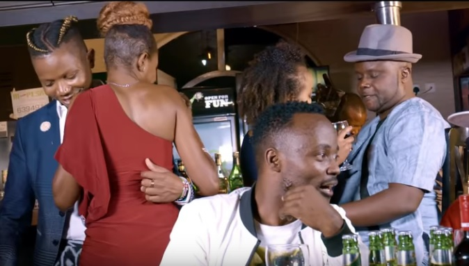 (OFFICIAL VIDEO) Kidum ft Don Brighter - ABATOVYI mp4 Download